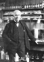 ******** Thomas Alva Edison at Menlo Park, late 1880s.