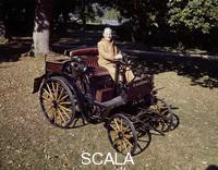 ******** 1898 Benz 3hp car.